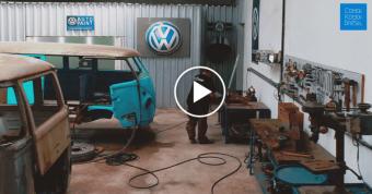 Take a 360º tour of the Brazilian Kombi Restoration Workshop!